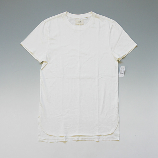 FOG - Fear of God Basic T-Shirt ロングレングス 無地Tシャツ ホワイト ¥8,900(税込)
